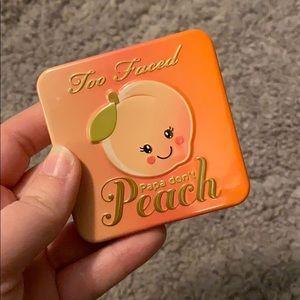 Too Faced Papa Dont Peach Blush